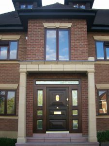 Chocolate brown door: a touch of luxury