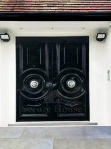 019.security door traditional doors uk 225x300 - What doors provide the best security?