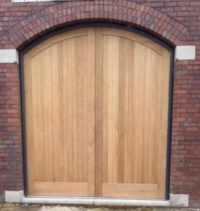IMG 0556 284x300 - Arched doors, a double design statement!