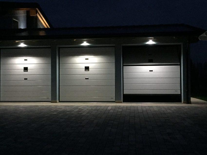 IMG 20160312 WA001 1024x768 - Save space with overlap garage doors!
