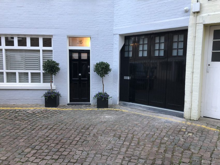 IMG 0387 1024x768 - Side sliding garage doors: practical and easy to operate